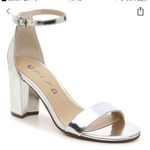 Daeicy UNISA block heeled SILVER metallic sandal.